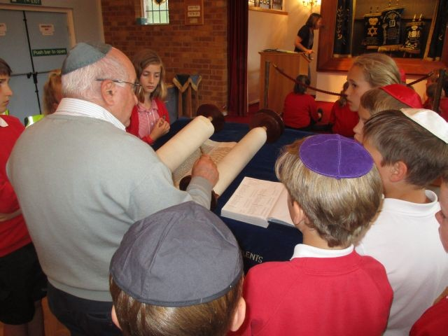 Year 5 Synagogue Visit
